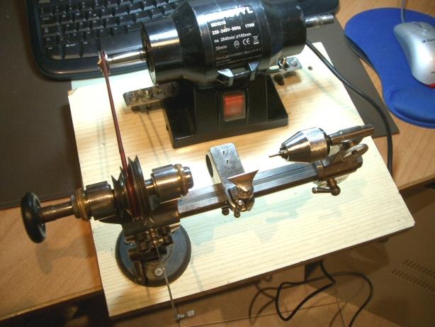 Orologiko leggi argomento come disporre il tornio for Costruire un tornio per legno