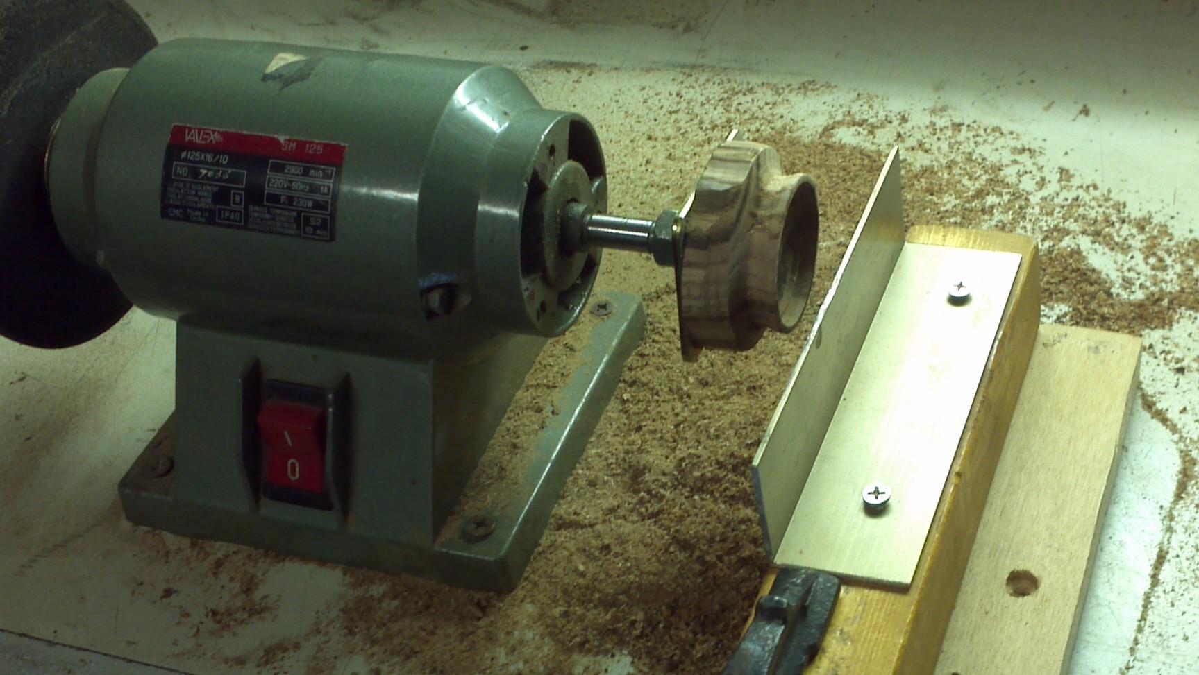 Orologiko leggi argomento cassa in legno per verga for Costruire un tornio per legno